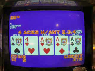 Aces dealt -- drew the kicker, Bob's 5th
